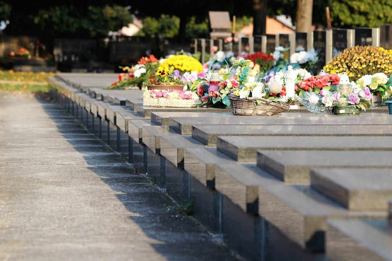 warszawa cmentarz